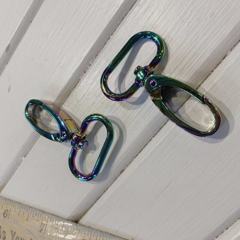 "Round Swivel Latch - 1"" - Rainbow Unicorn - 2 Pieces - Measure: a fabric parlor"