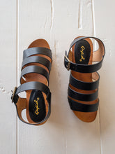Load image into Gallery viewer, Black Clog Sandals