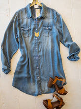 Load image into Gallery viewer, Plus Denim Shirt Dresses