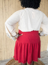 Load image into Gallery viewer, Plus Rhianna Red Linen Skirt