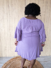 Load image into Gallery viewer, Plus Lila Grape Linen Dress