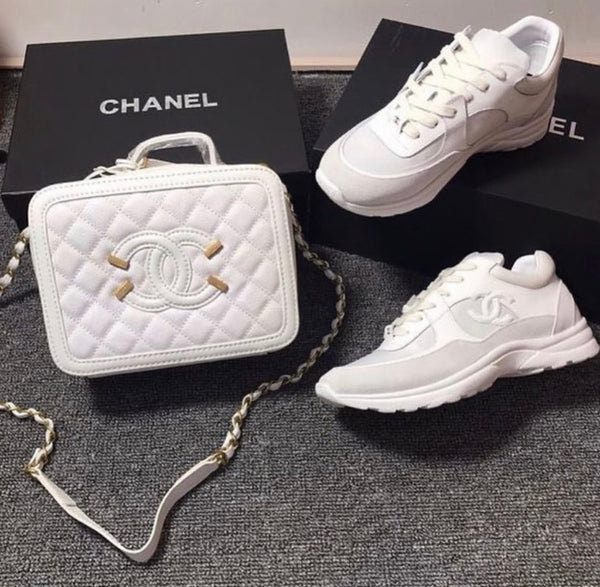 CHANEL PURSE SET