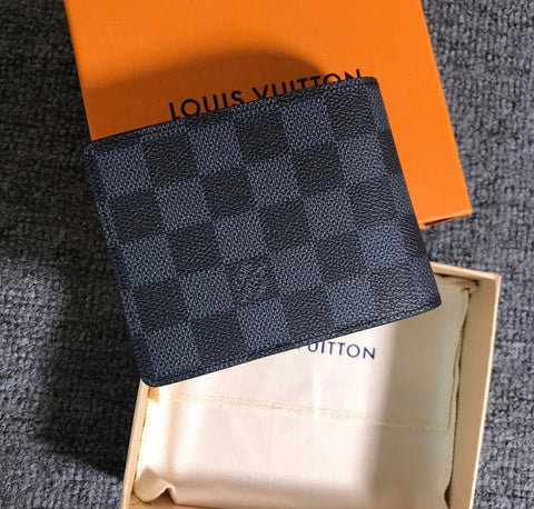 Louis Vuitton Men's Wallet