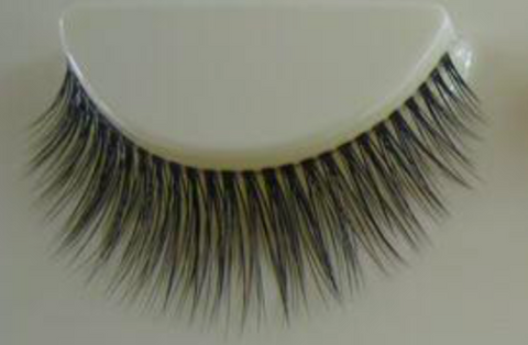 Mink Lashes Show Off