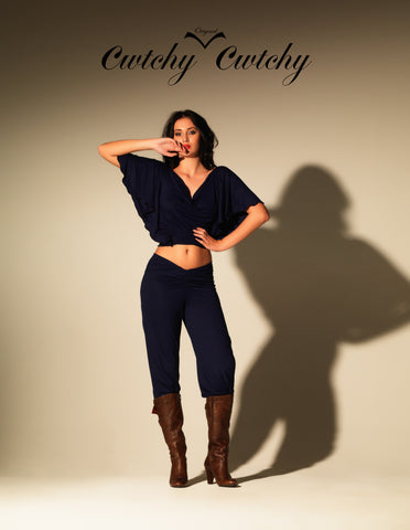 Navy slouching Veggings™