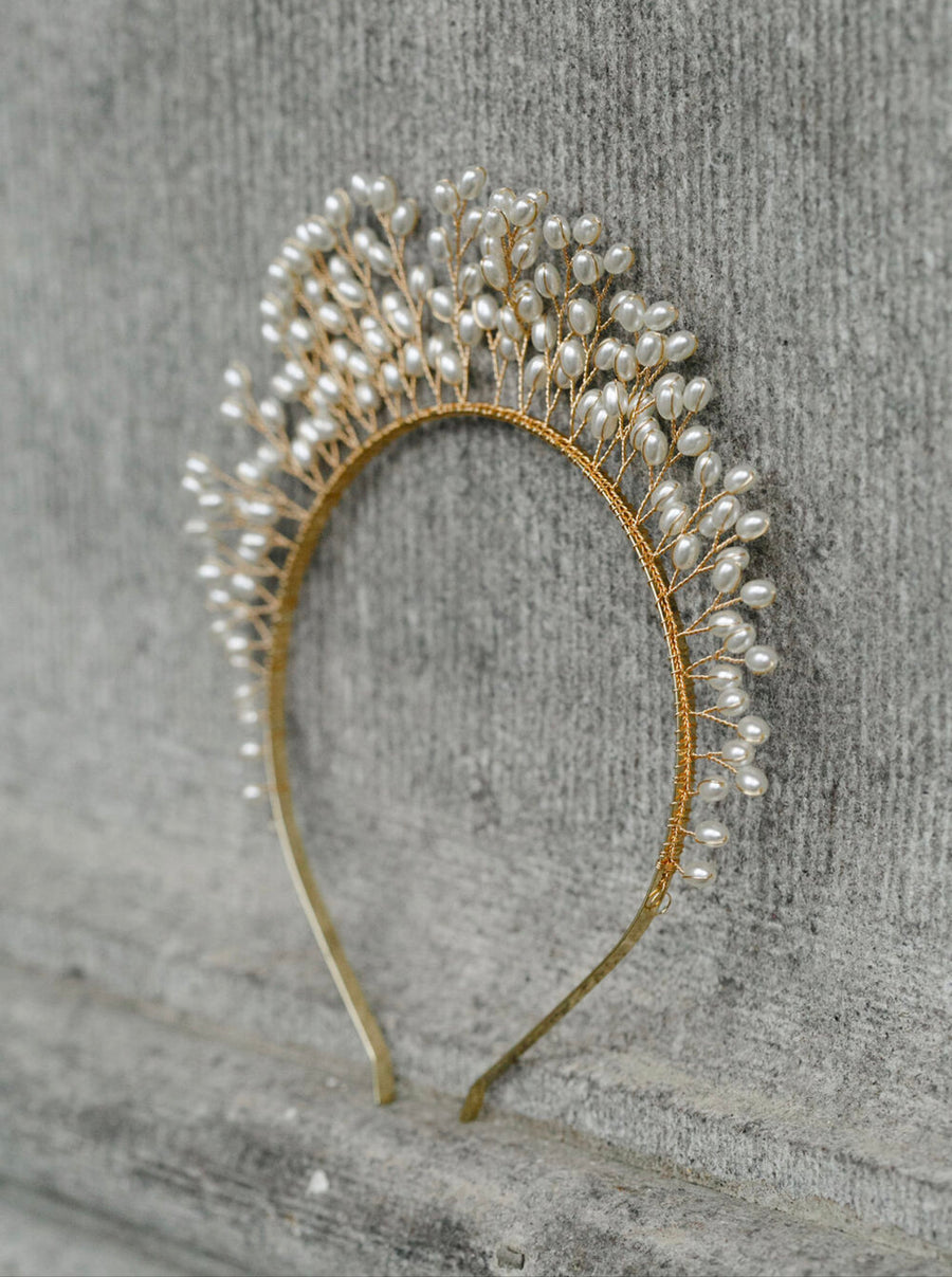 Crown of Pearls (Gold)