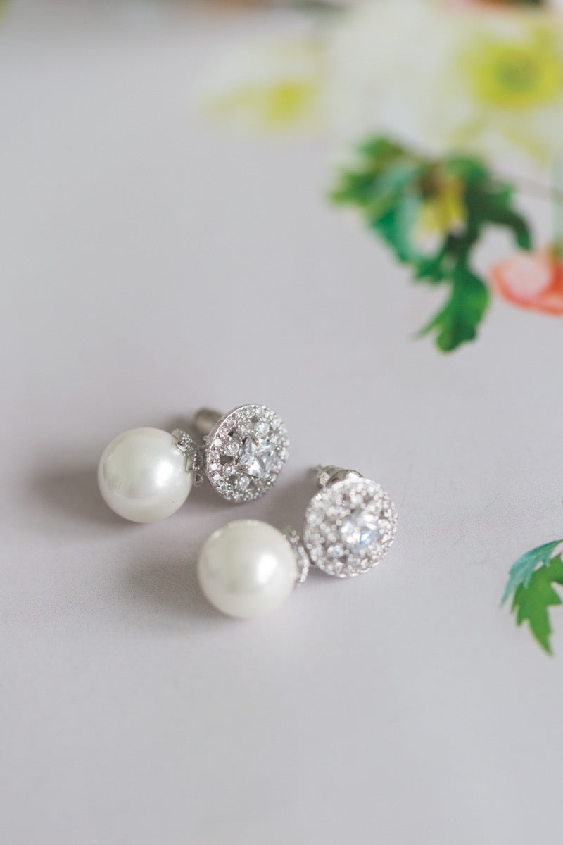 Diamond & Pearls Earrings
