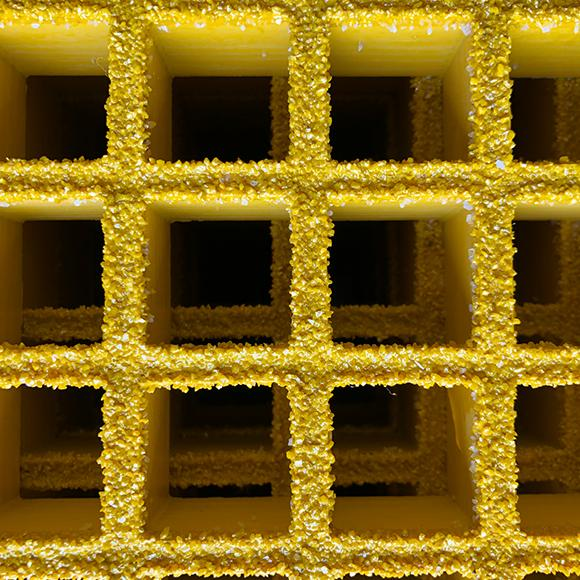 "Square Mesh Grating, 1"" Thick, 1.5"" Square, Gritted Surface, Yellow, Isophthalic Resin"