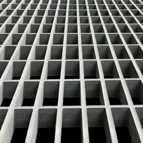 "Rectangular Mesh Grating, 1.5"" Thick, 1.5""x6"" Rectangle, Meniscus Surface, Light Gray, Isophthalic Resin"