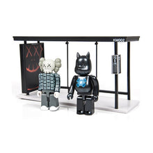 Load image into Gallery viewer, kaws 2 kubrick 2002 medicom bus stop collectible toy Limn-Gallery