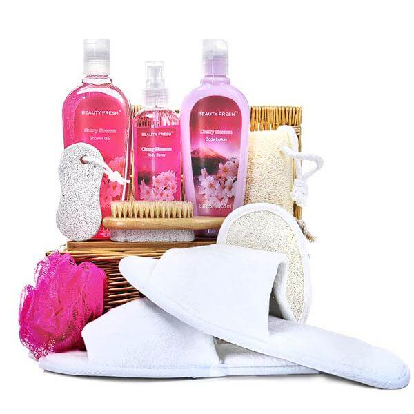A Day Of Beauty In a Spa Basket - GiftBasket.com - Gift Basket