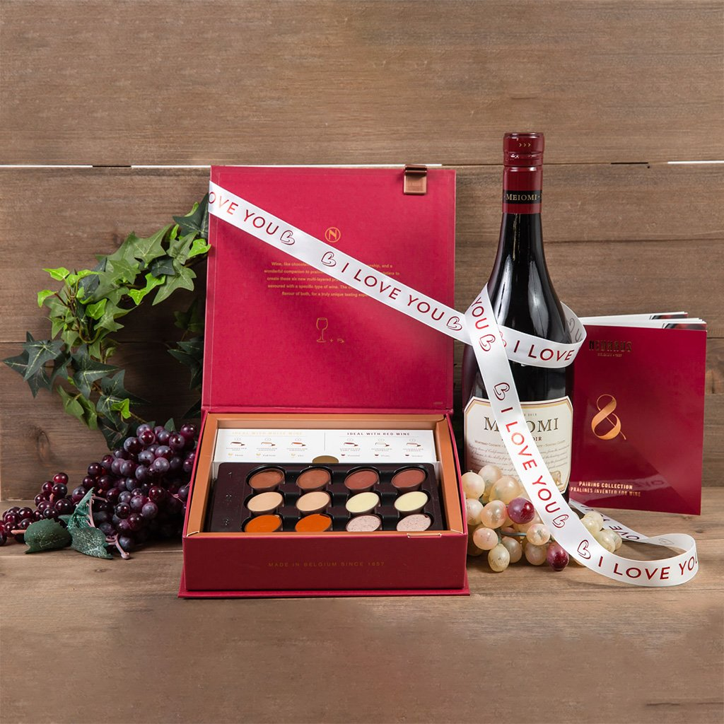 The Best Things in Life I Love You Wine Gift Set