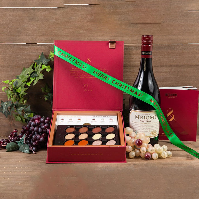 The Best Things in Life Christmas Wine Gift Set