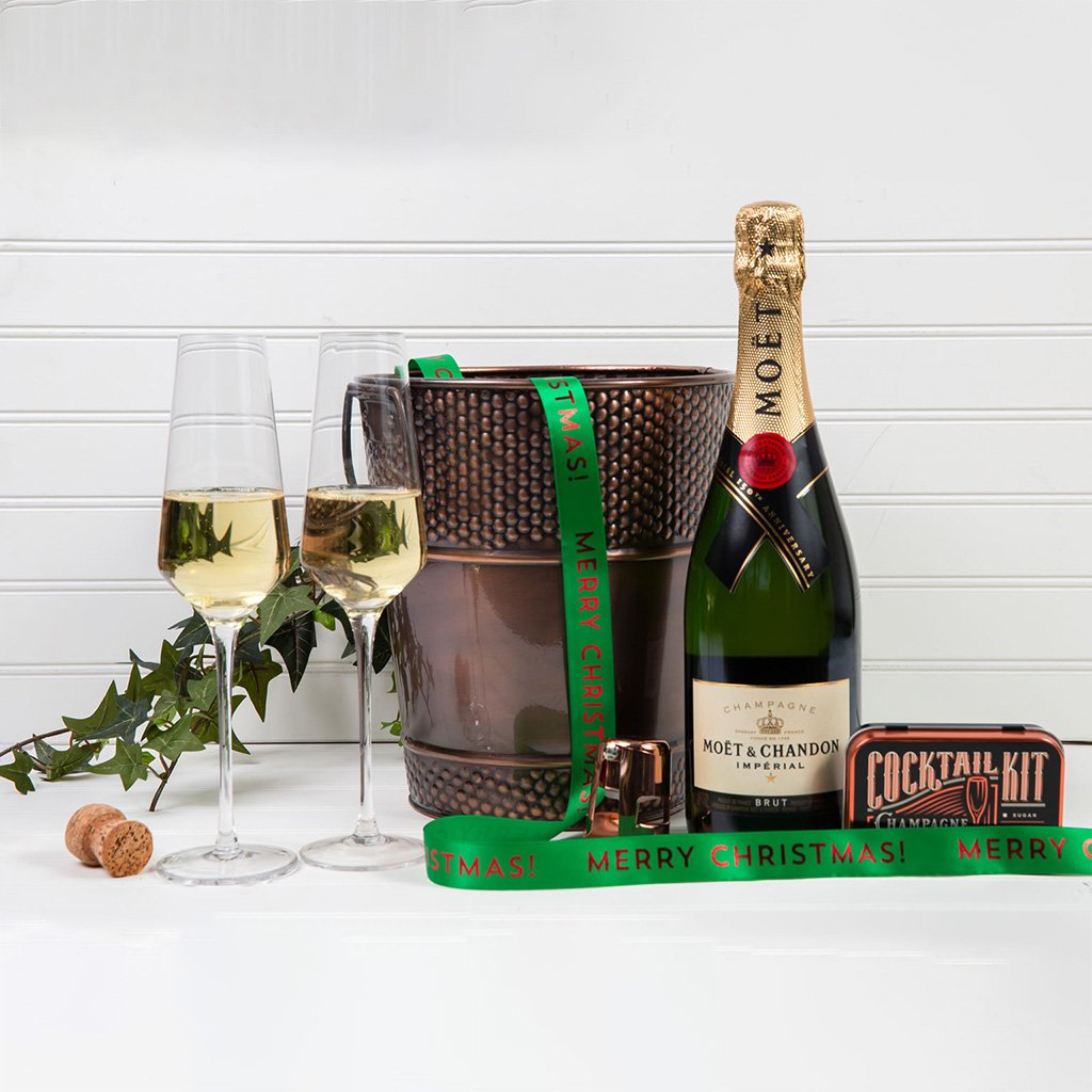 Let's Celebrate with Champagne - Merry Christmas!