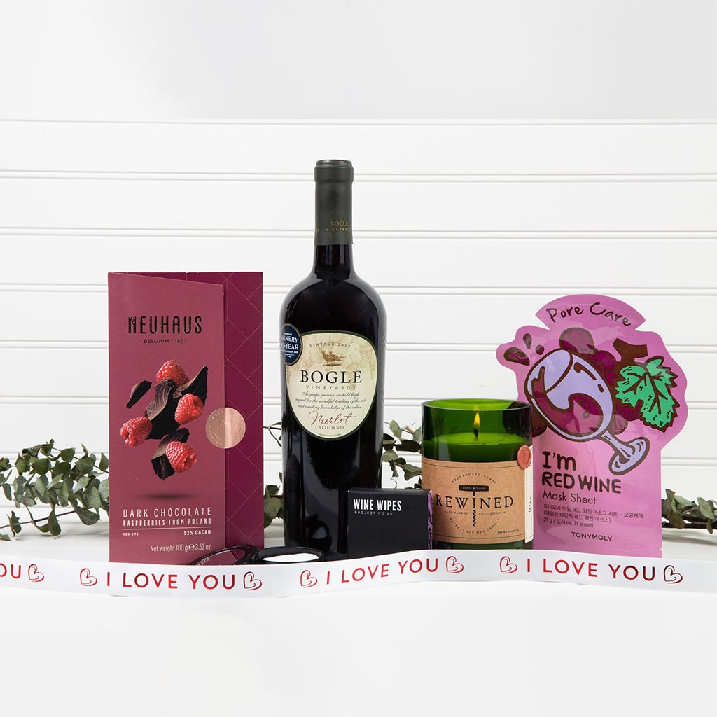 Wine Down I Love You Spa Set