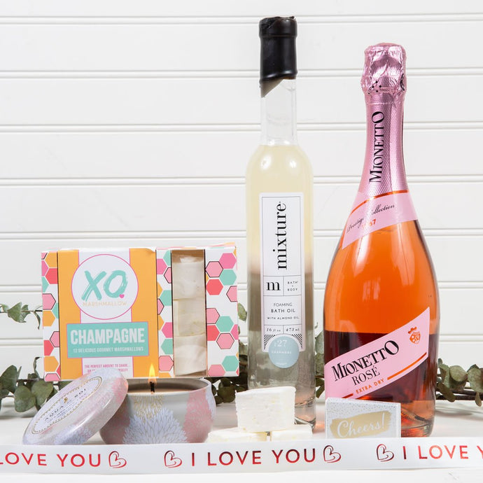 Bath & Bubbles I Love You Prosecco Gift Set