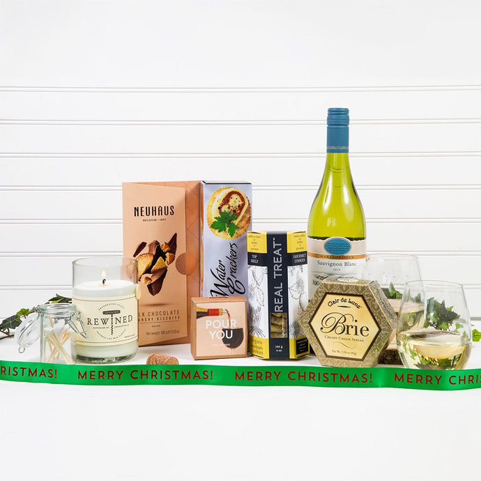 Welcoming Wine Gift Basket - Merry Christmas!
