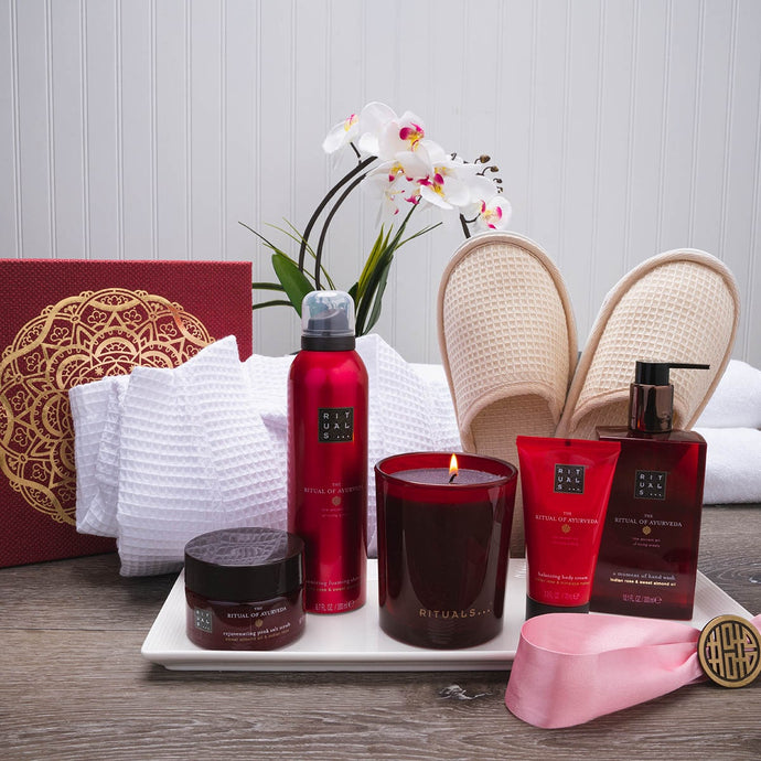 Roses and Relaxation Luxury Spa Gift Set