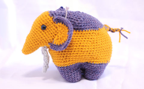 Knitted Elephant - Albi