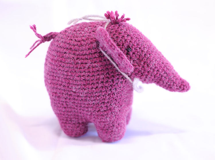 Knitted Elephant - Vinnie