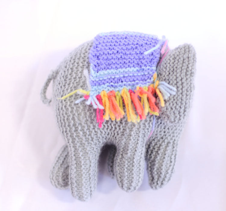 Knitted Elephant - Peaches