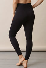 Laden Sie das Bild in den Galerie-Viewer, Soft Support Sports Leggings