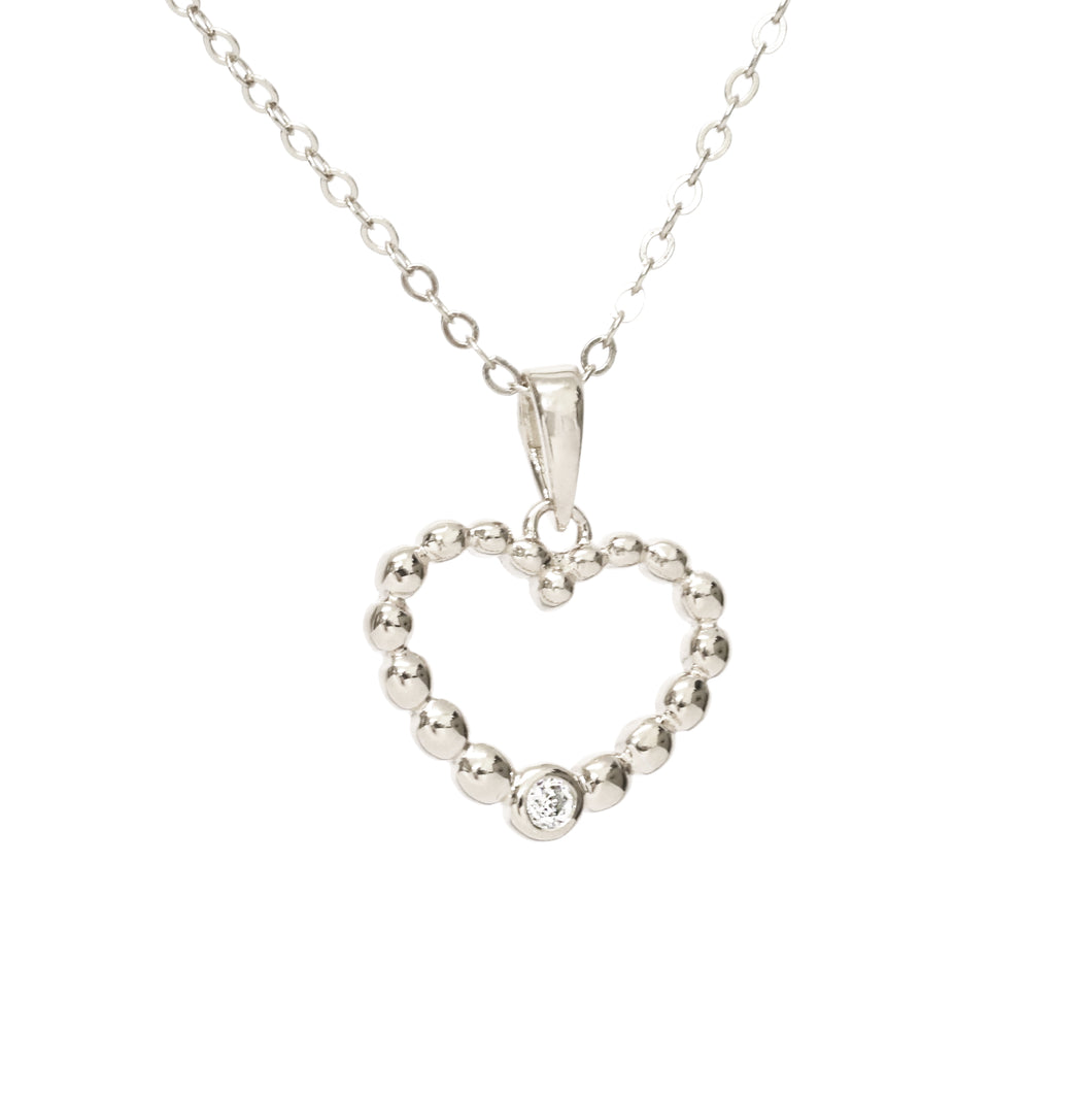 New!! Silver Love Heart Necklace