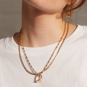 VINTAGE 9K GOLD ANCHOR CHAIN NECKLACE