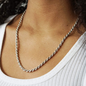 VINTAGE STERLING SILVER ROPE CHAIN NECKLACE