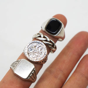 VINTAGE STERLING SILVER ONYX SIGNET RING