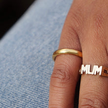 Load image into Gallery viewer, VINTAGE 9K GOLD 90's MUM SIGNET RING
