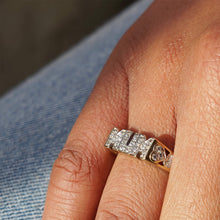 Load image into Gallery viewer, VINTAGE 9K GOLD DIAMOND PAVE MUM RING