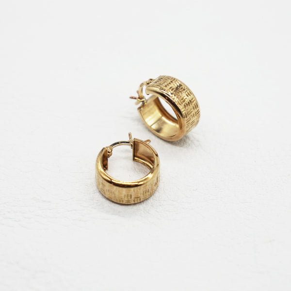 VINTAGE 9K GOLD TEXTURED WIDE HOOP EARRINGS