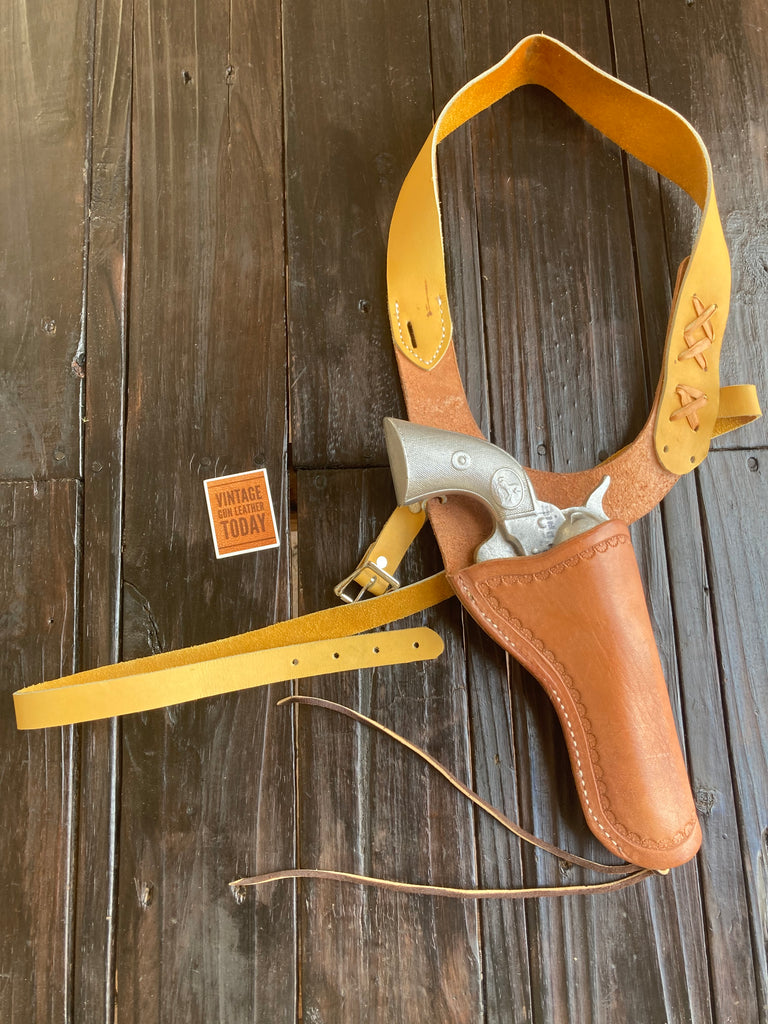 Vintage Madison Saddlery Ennis MT Leather Shoulder Holster for SA Colt 5 1/2