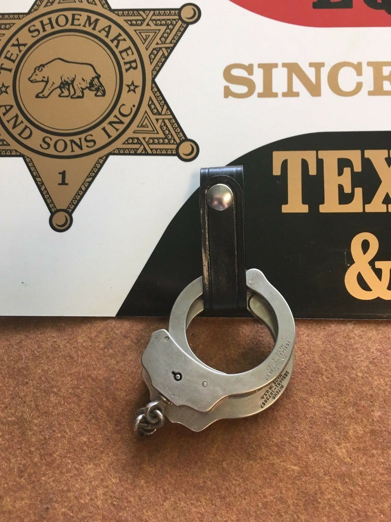 Vintage Tex Shoemaker Plain Leather Police Duty Handcuff Strap Holder Cuff