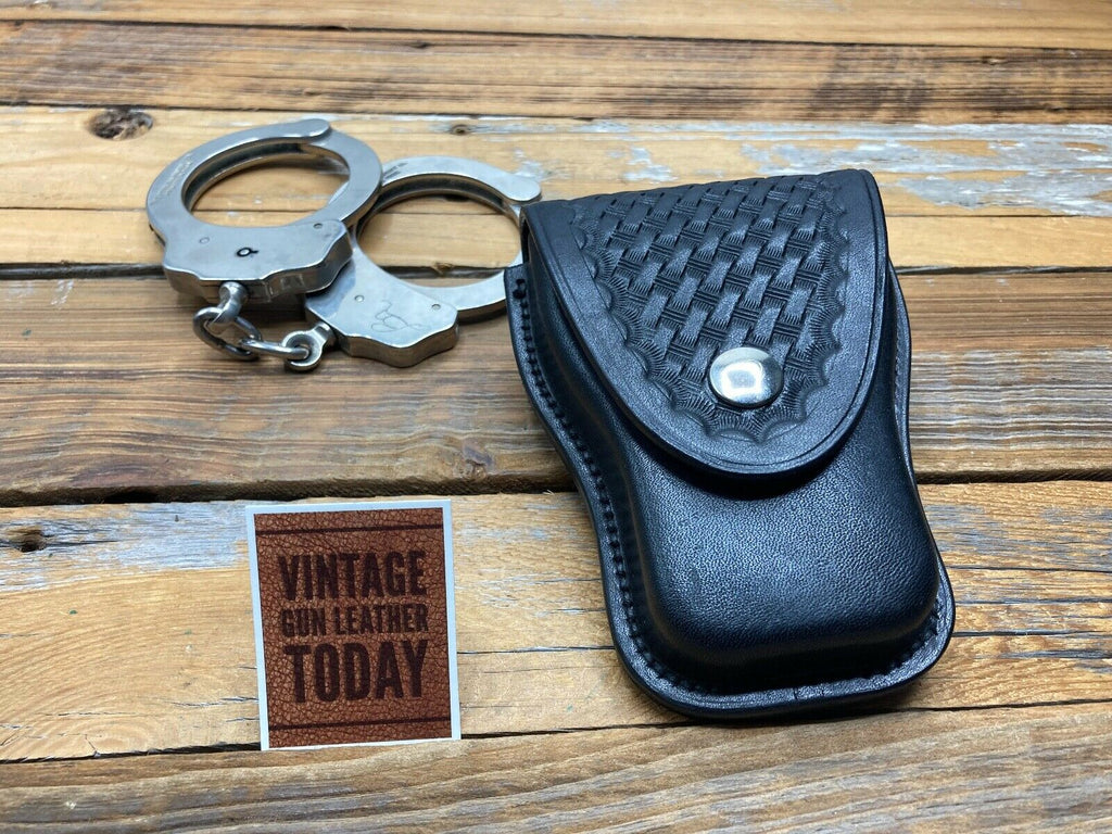 Earl Ginn Black Basketweave Leather Cuff Case For Standard Police Chain Handcuff