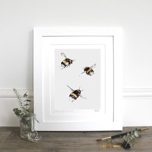 Buzzing Around 10x12