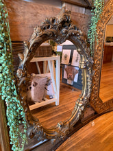 Load image into Gallery viewer, Leaf Detailing Gold Oval Mirror