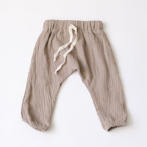 Everyday Muslin Play Pants - Truffle