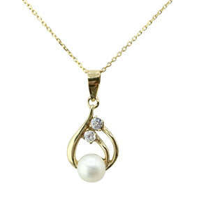 9ct. Gold Pearl Pendant