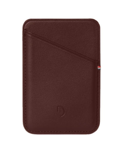 DECODED MagSafe Card Sleeve brown