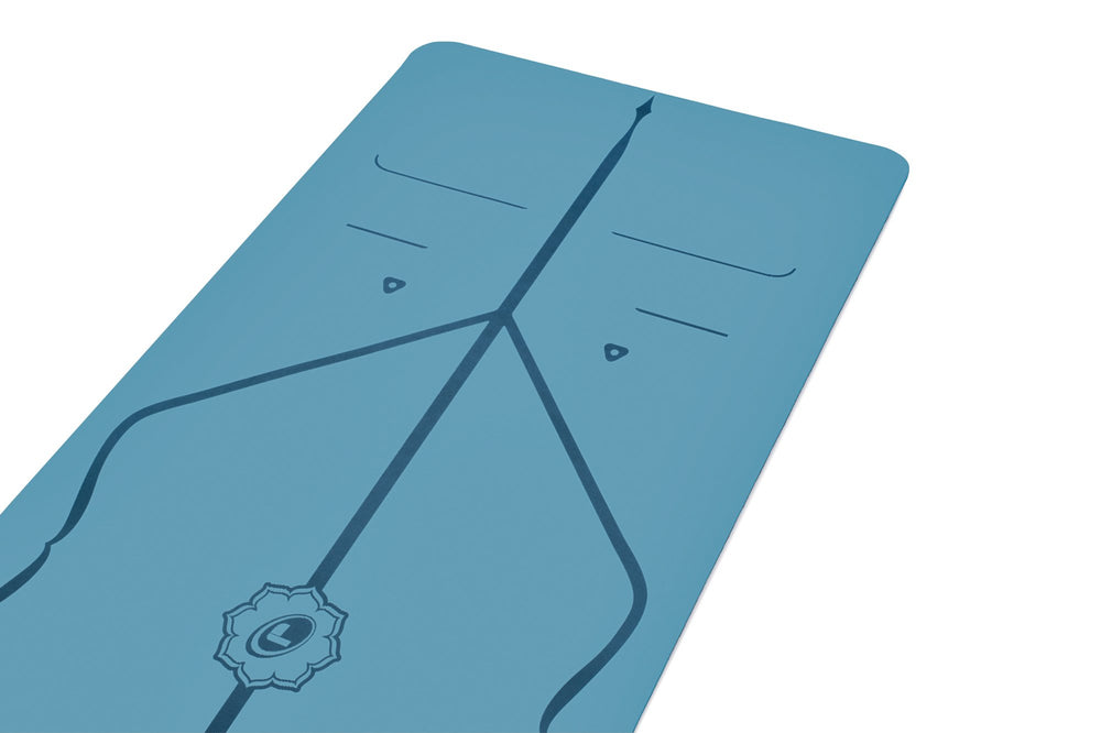 Liforme Travel Mat - Blue image 2