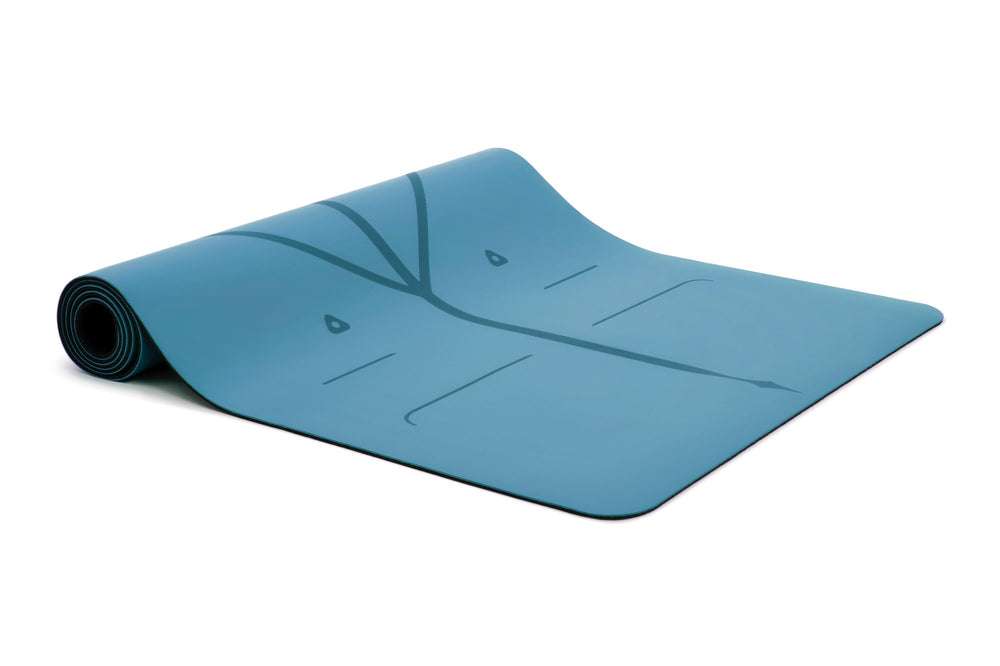 Liforme Travel Mat - Blue image 3