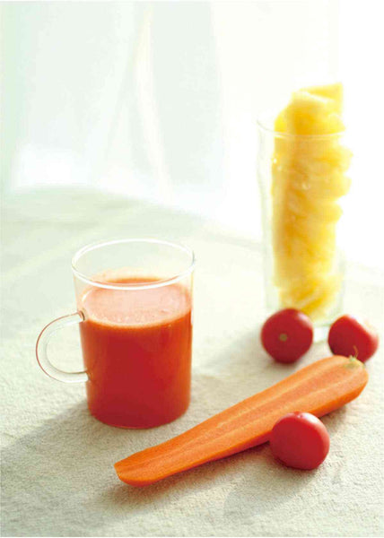 carrot, tomato and pineapple juice