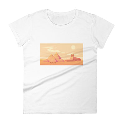 Pyramids sunset / Women's Fashion Fit T-Shirt / All Colors (E071F)