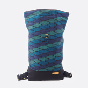 Deep Blue Sea – Backpack With Canvas