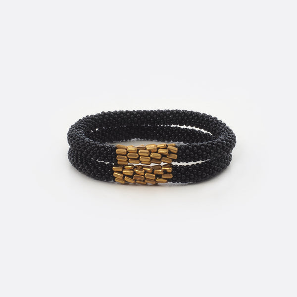 Beaded Bracelet With Brass Set - Black