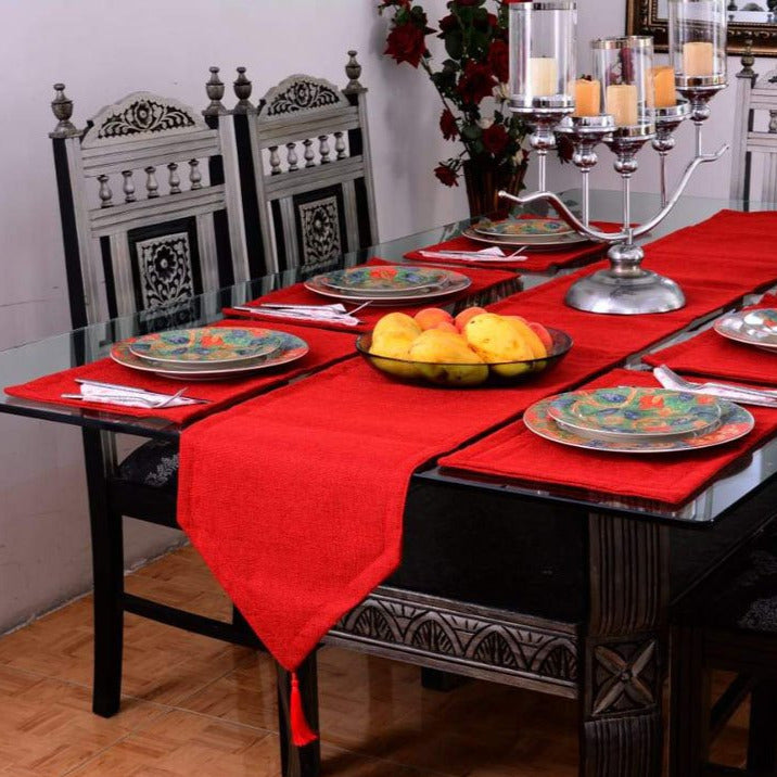 7-pcs-jutte-red-table-runner-set-with-place-mats_01