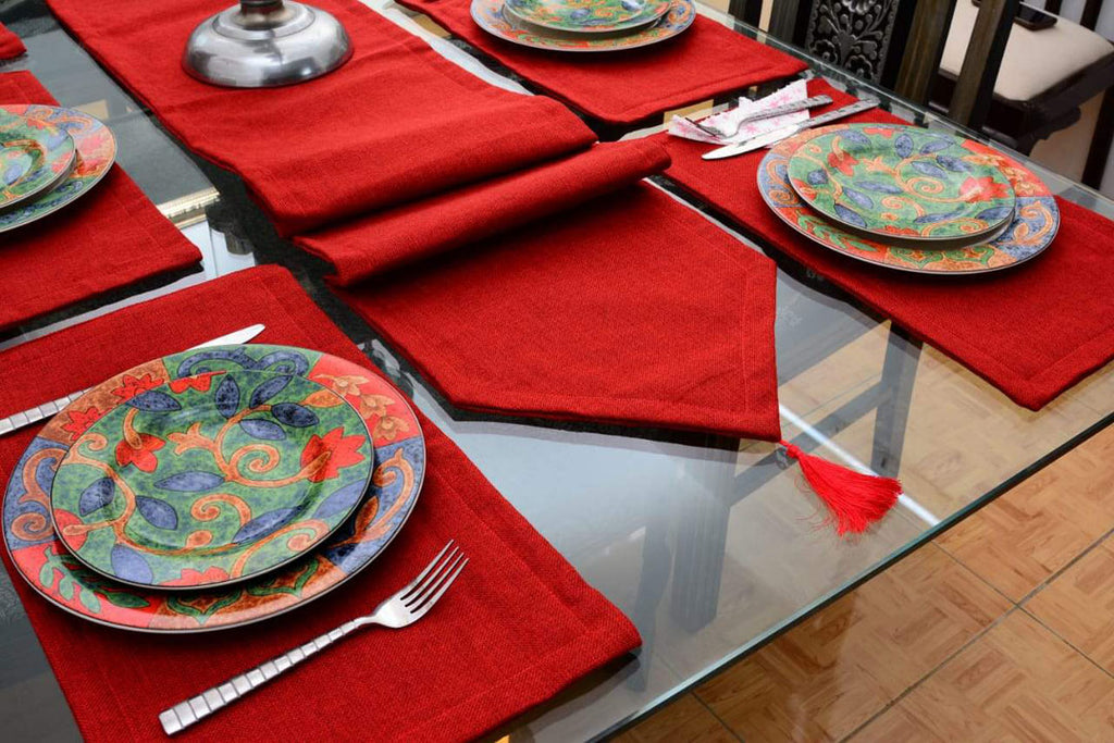 7-pcs-jutte-red-table-runner-set-with-place-mats_02
