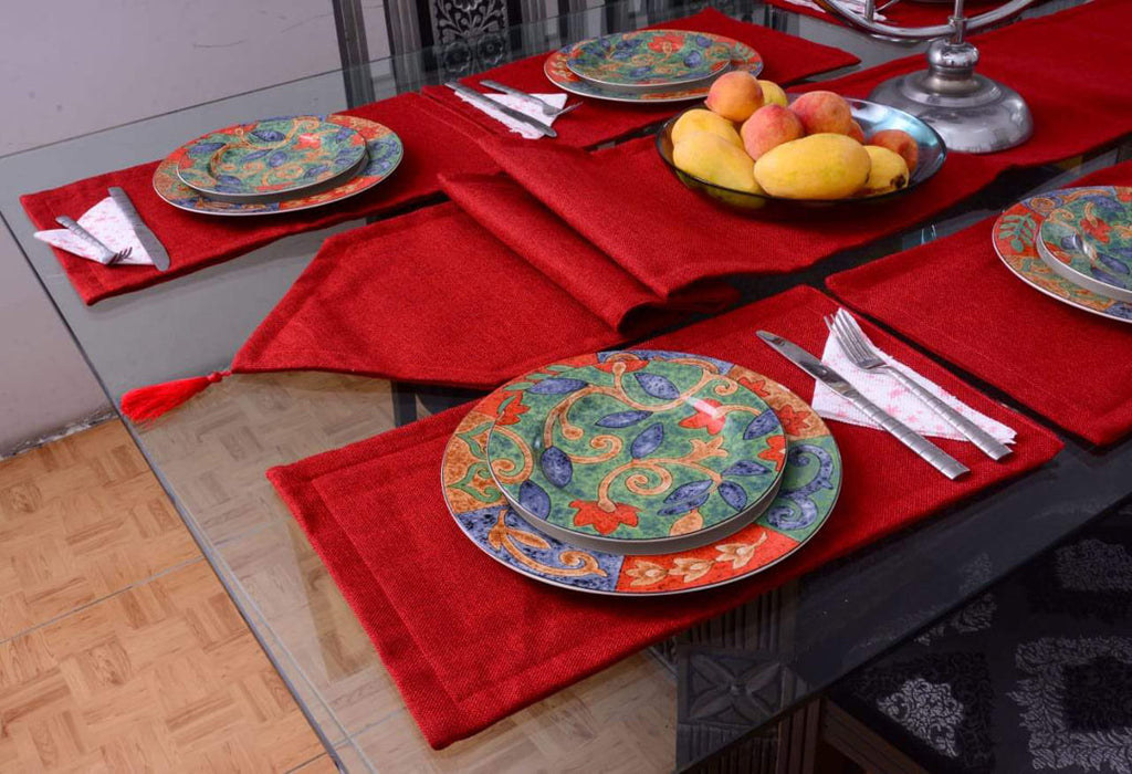 7-pcs-jutte-red-table-runner-set-with-place-mats_03